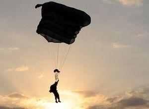 quien-prepara-tu-paracaidas