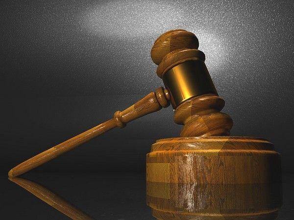 contratar un abogado