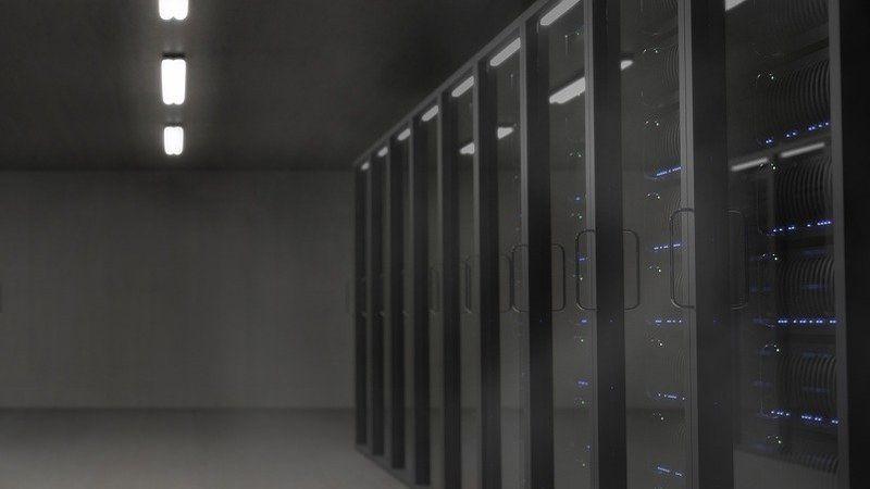 elegir servidor web empresa