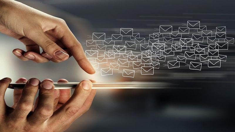 envío masivo de correos electrónicos